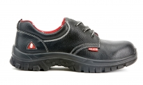 Leather shoe Bellota 72215 S1P